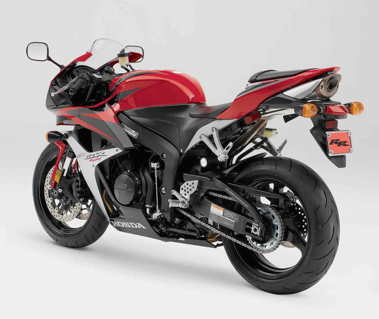 Motorcycle Review Top Speed: 2007 Honda CBR 600RR - Picture 106656