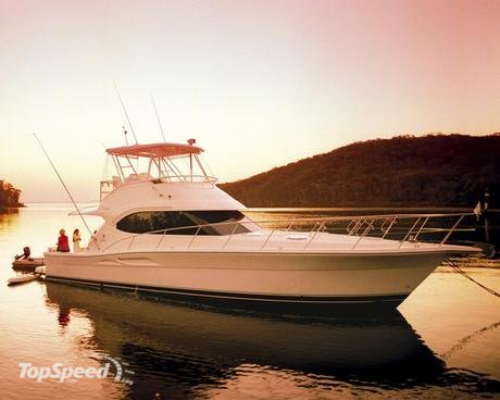Wherever you look on the Riviera 42 Flybridge Convertible you'll find the ...