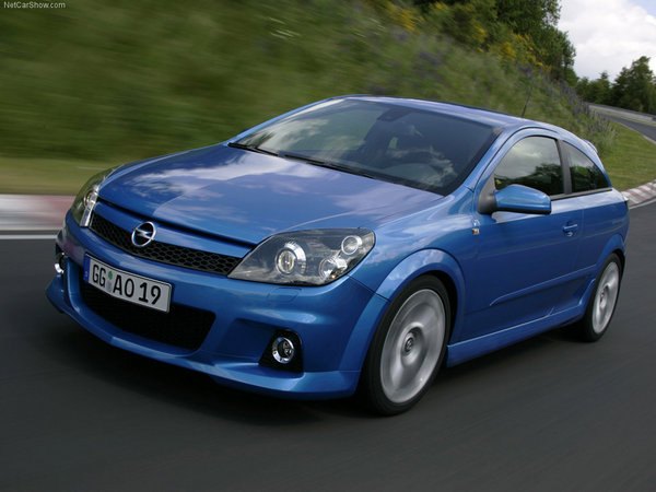 opel astra opc review top speed. Black Bedroom Furniture Sets. Home Design Ideas