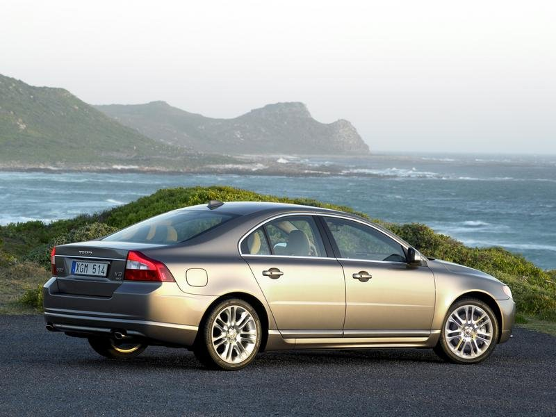 Volvo S80 pricing announced