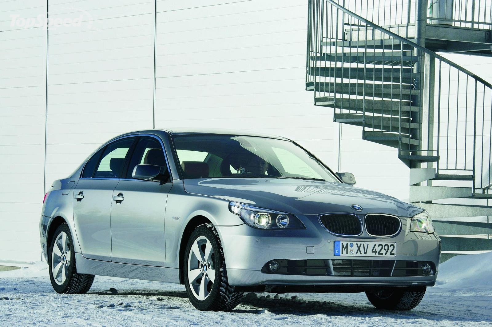 2007 bmw 5 series review top speed. Black Bedroom Furniture Sets. Home Design Ideas