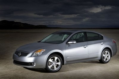 2007 Nissan Altima is First Nissan Model With XM NavTraffic Service