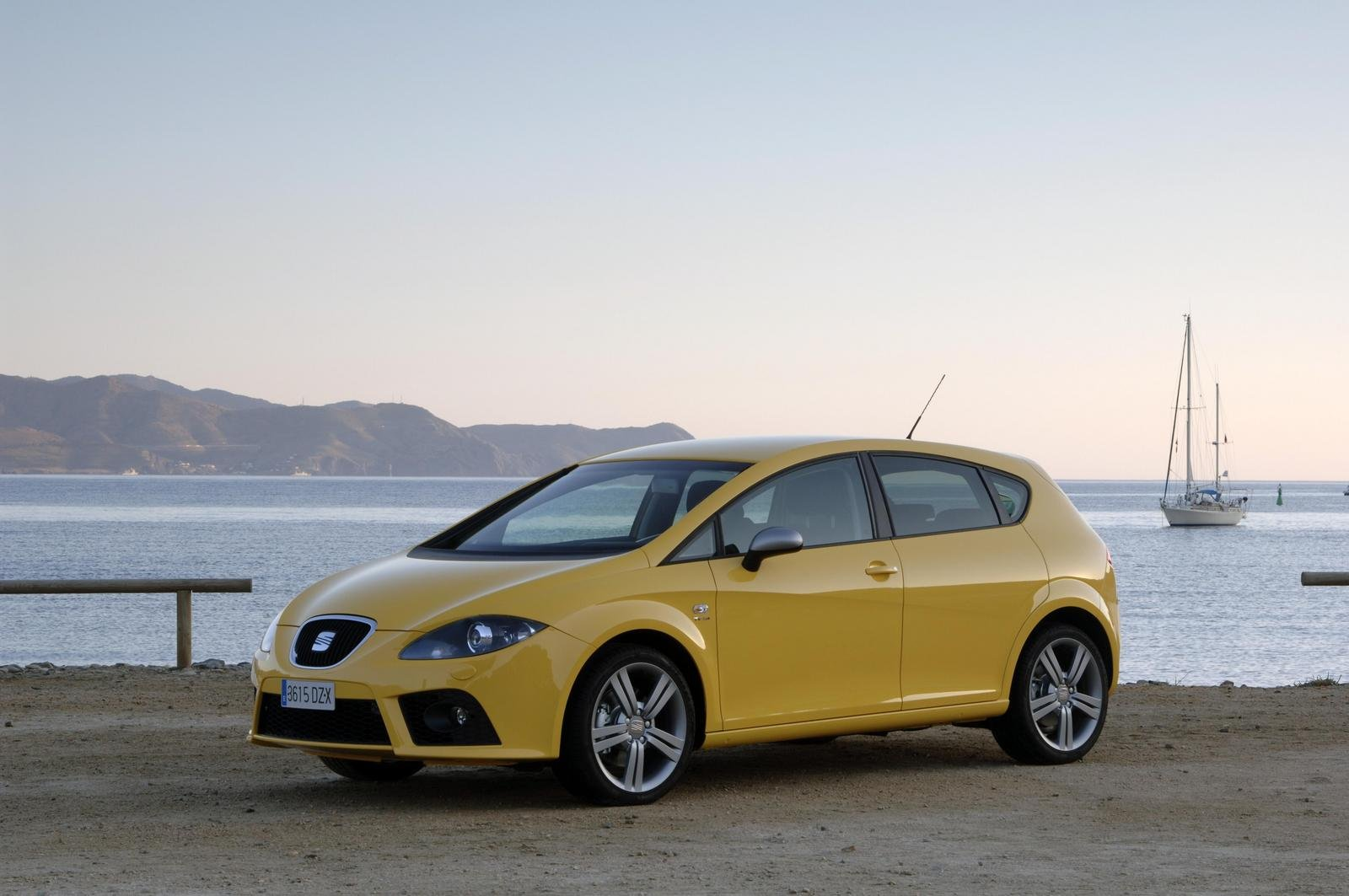 2007 seat leon fr 2 0 tfsi picture 111703 car review top speed. Black Bedroom Furniture Sets. Home Design Ideas