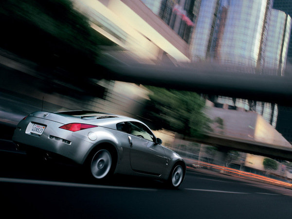 2006 Nissan 350Z Coupe >> 2009 Nissan 400Z   car review @ Top Speed