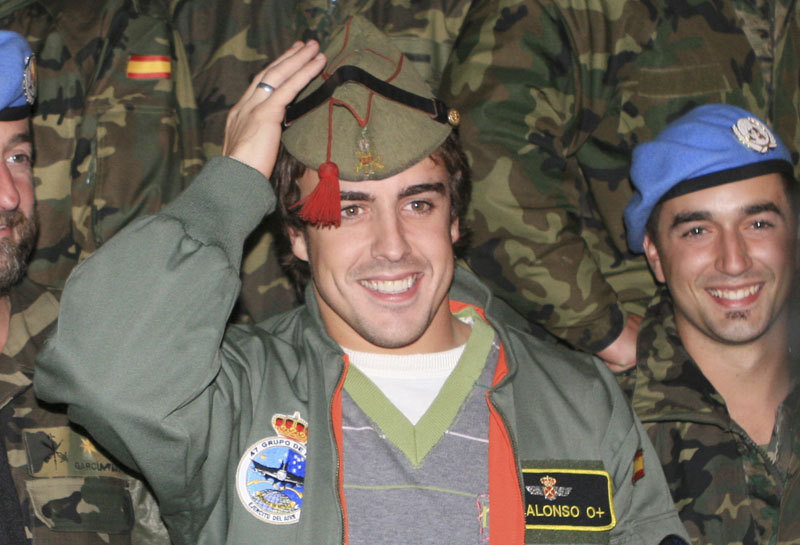 Alonso visited Spanish troops in Lebanon