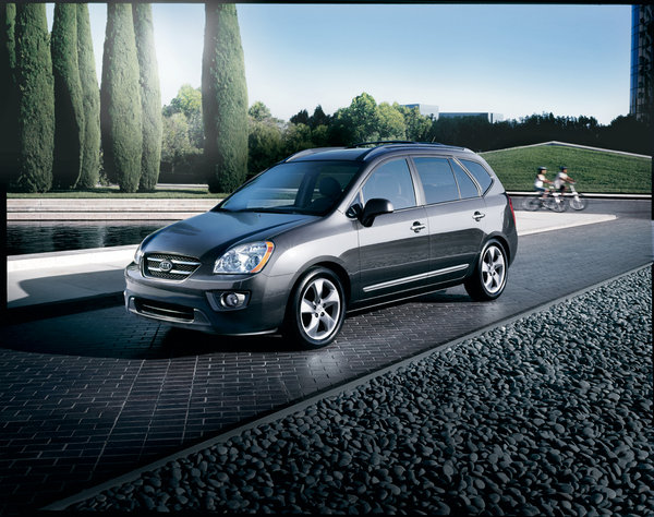 2007 kia rondo car review top speed. Black Bedroom Furniture Sets. Home Design Ideas