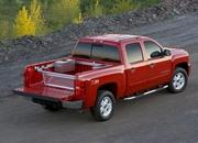 Chevy Silverado - 2007 Motor Trend Truck of the Year - image 121958