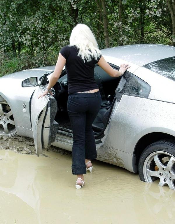 Mud Boats For Sale >> Nissan 350Z Stuck In The Mud By A Blonde - Picture 120058 | car News @ Top Speed