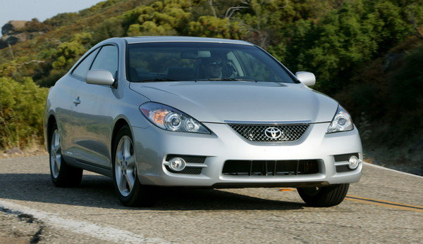 voluntary safety recall for 160 camry solara coupes car news top speed. Black Bedroom Furniture Sets. Home Design Ideas