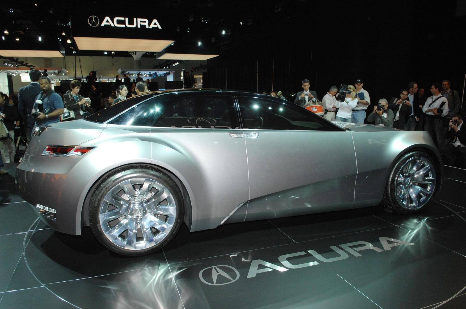 http://pictures.topspeed.com/IMG/crop/200701/2007-acura-advanced-sport-1_1600x0w.jpg