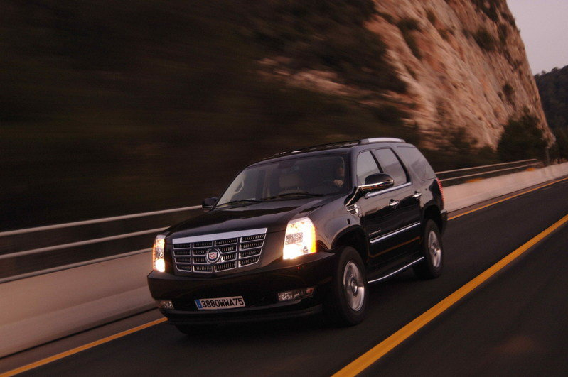 Cadillac Escalade Latest News Reviews Specifications