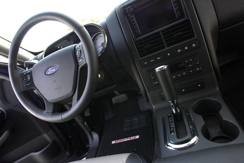 2007 Ford Explorer Sport Trac - image 139965