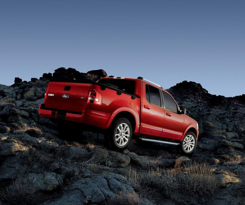 2007 Ford Explorer Sport Trac - image 139975