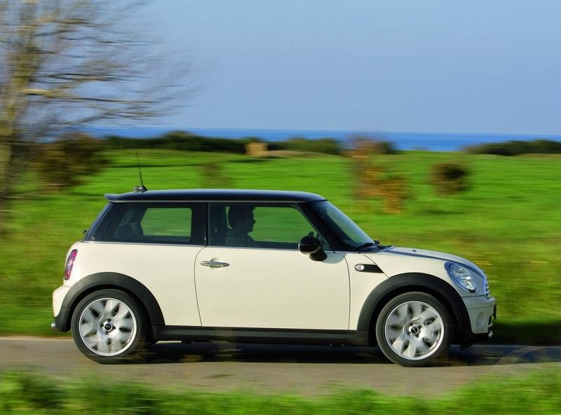 2007 MINI One and MINI Cooper D - image 140054