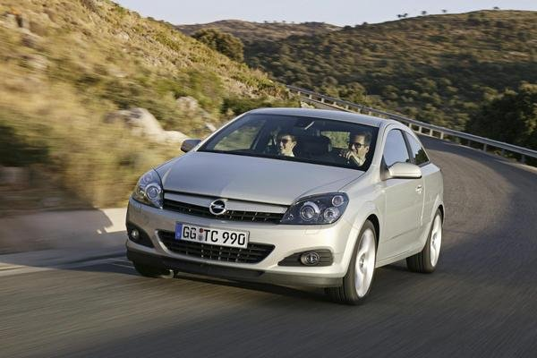 2007 opel astra gtc car review top speed. Black Bedroom Furniture Sets. Home Design Ideas