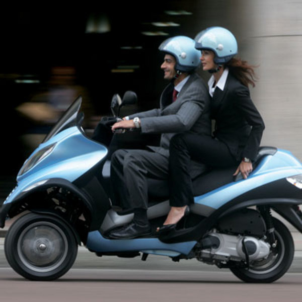 2007 Piaggio Mp3 Motorcycle Review Top Speed
