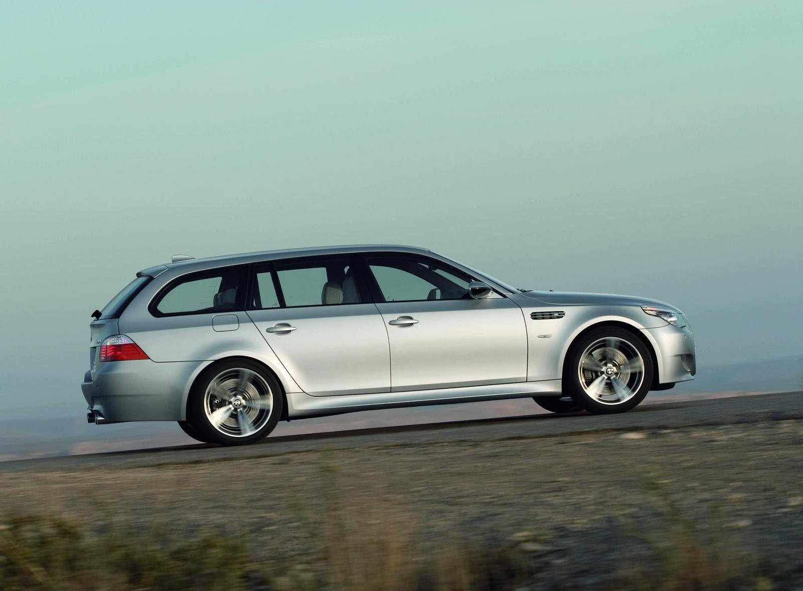 2008 bmw m5 touring picture 125726 car review top speed. Black Bedroom Furniture Sets. Home Design Ideas