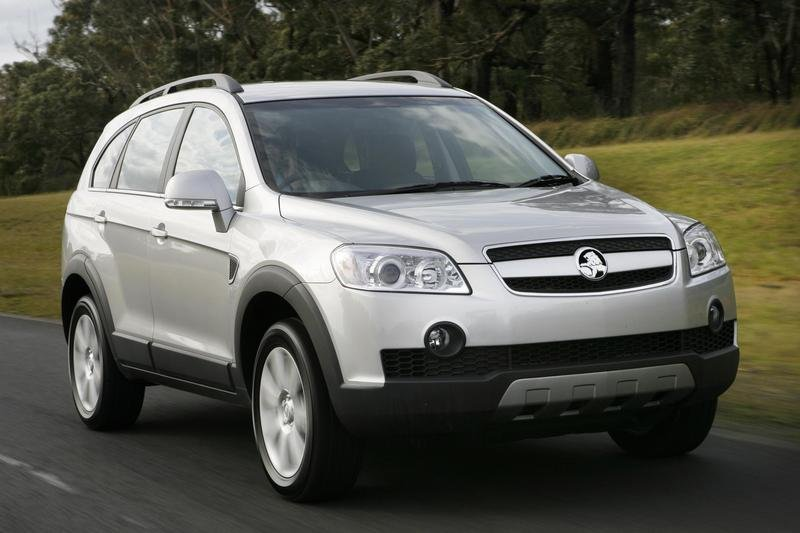 Chevrolet Captiva among Top Three in 2007 Car of the Year Contest