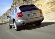 The Porsche Cayenne is flying first class - image 140803