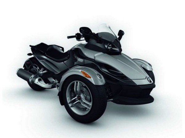 bombardier can-am spyder grand sport roadster picture