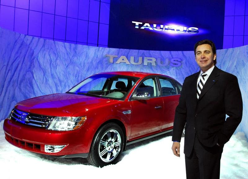 2008 Ford Taurus replacing the Five Hundred