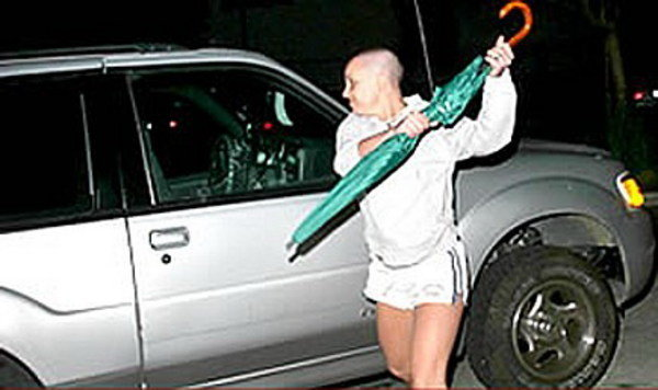 Britney Attacks A Car With An Umbrella Car News Top Speed