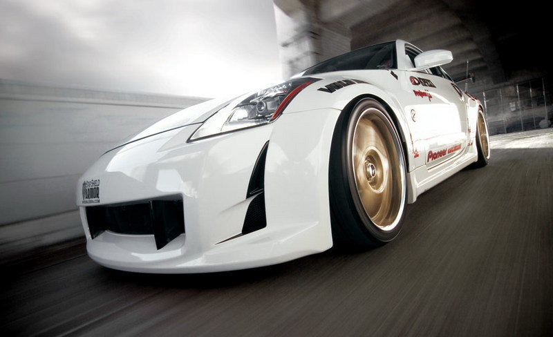 Nissan 350Z by Jtuned