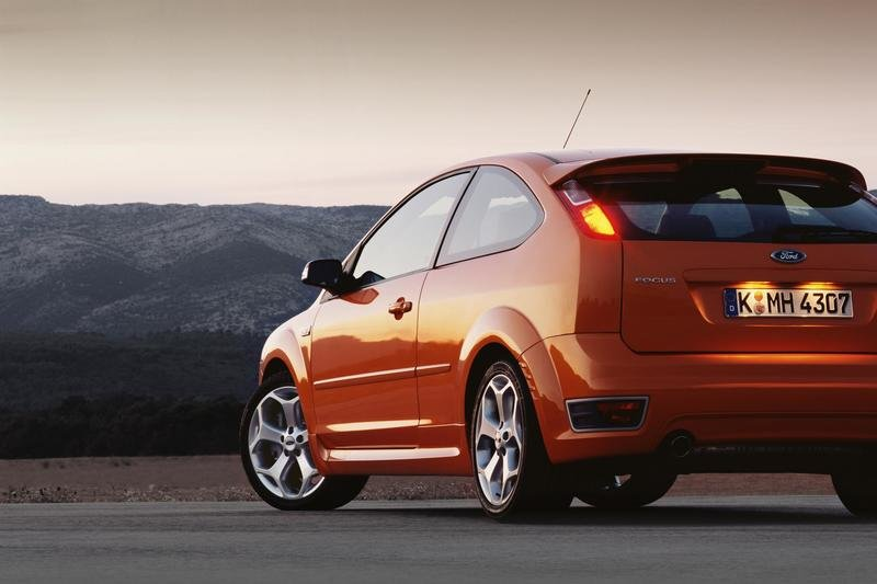 2007 ford focus st review top speed. Black Bedroom Furniture Sets. Home Design Ideas