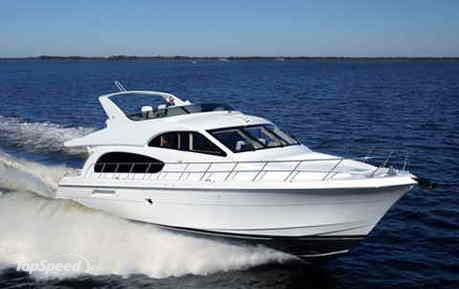 The Hatteras 64 Motor Yacht features sleek, contemporary exterior styling ...