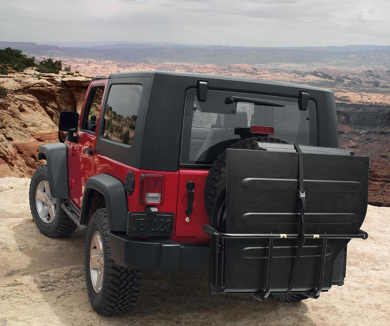 Jeep Wrangler Top Accessories: 2007 Jeep Wrangler With Mopar Authentic Accessories