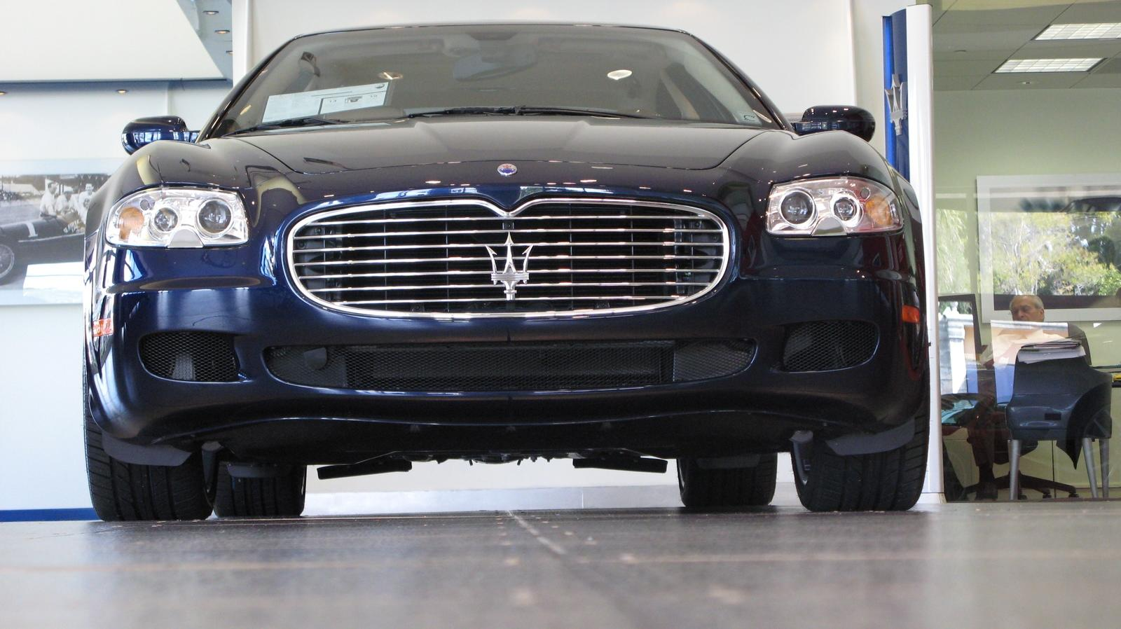 2007 maserati quattroporte automatic picture 153635. Black Bedroom Furniture Sets. Home Design Ideas