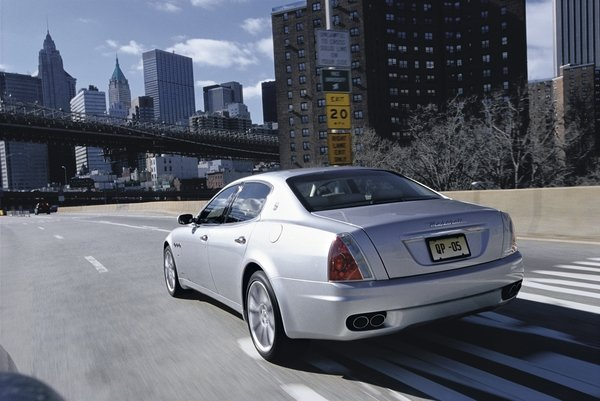 2007 maserati quattroporte automatic car review top speed. Black Bedroom Furniture Sets. Home Design Ideas