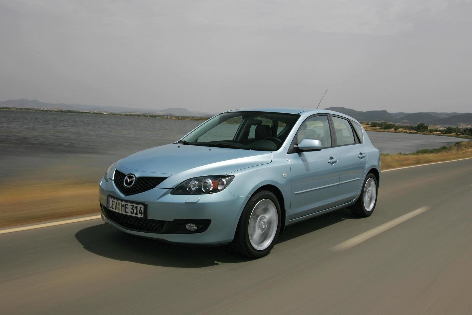 2007 mazda3 2 0 mzr cd review top speed. Black Bedroom Furniture Sets. Home Design Ideas