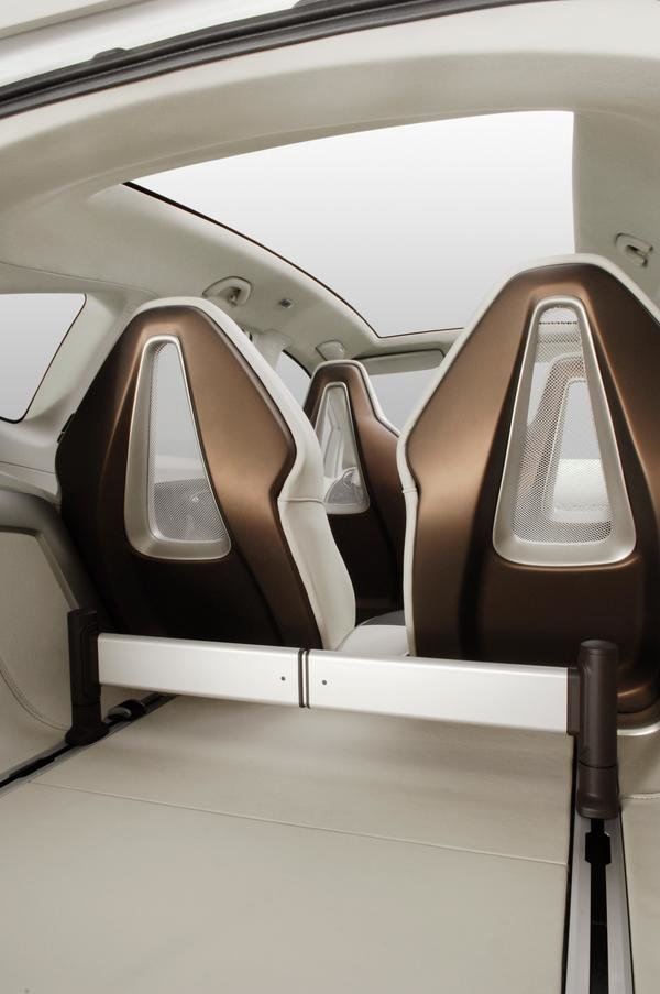 2007 seat altea freetrack car review top speed. Black Bedroom Furniture Sets. Home Design Ideas