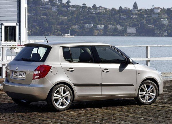 2009 skoda fabia car review top speed. Black Bedroom Furniture Sets. Home Design Ideas