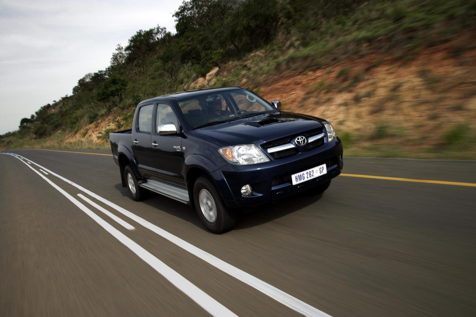 2007 toyota hilux picture 157996 car review top speed. Black Bedroom Furniture Sets. Home Design Ideas
