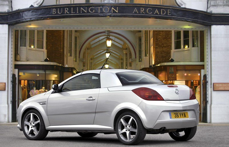 2007 Vauxhall Tigra Exclusiv Red edition