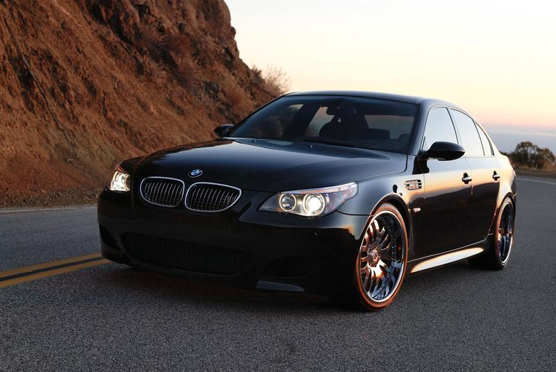 Currency Motors BMW M5   The Fastest And Most Powerful Luxury Sedan