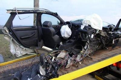 You Whant to Buy a Crashed Audi? - image 153874