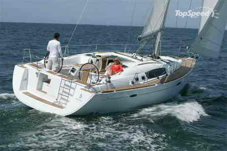 Together with the Beneteau 49, this new model boldly leads the way for a new ...