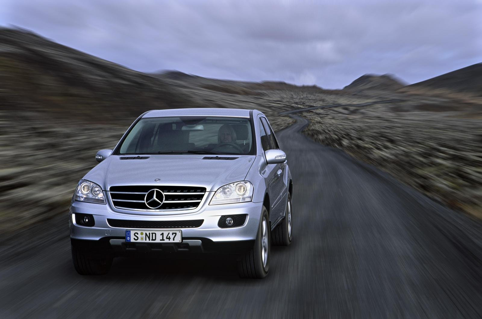 2007 mercedes m class review top speed for Mercedes benz ml 350 2007