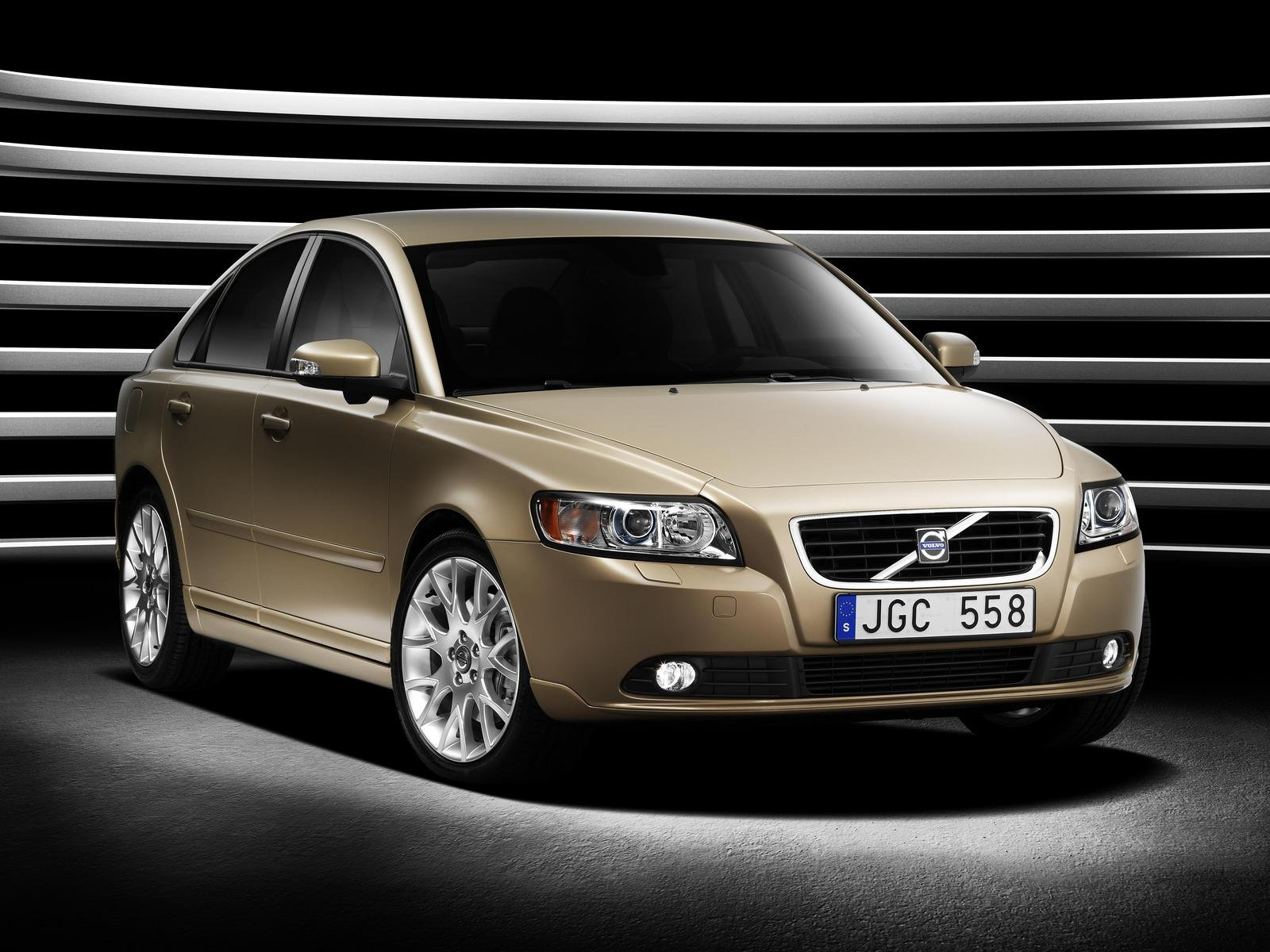 2007 volvo s40 and v50 review top speed. Black Bedroom Furniture Sets. Home Design Ideas