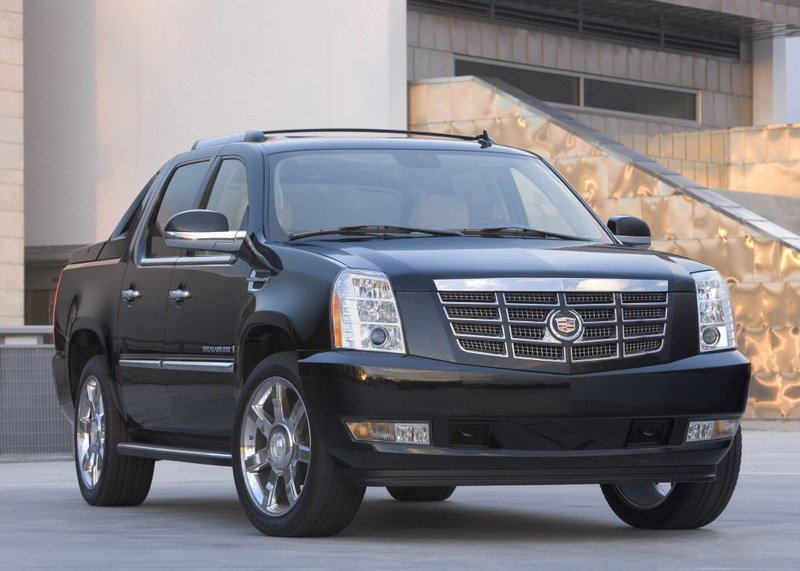Cadillac Escalade EXT - most likely to be stolen