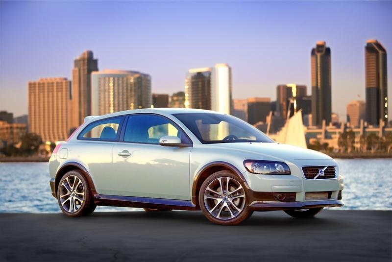 Volvo C30 pricing announced