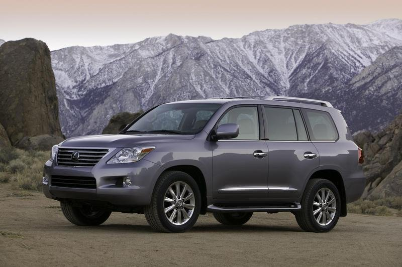 XM Radio Debuts as a Standard Feature on Lexus LX 570