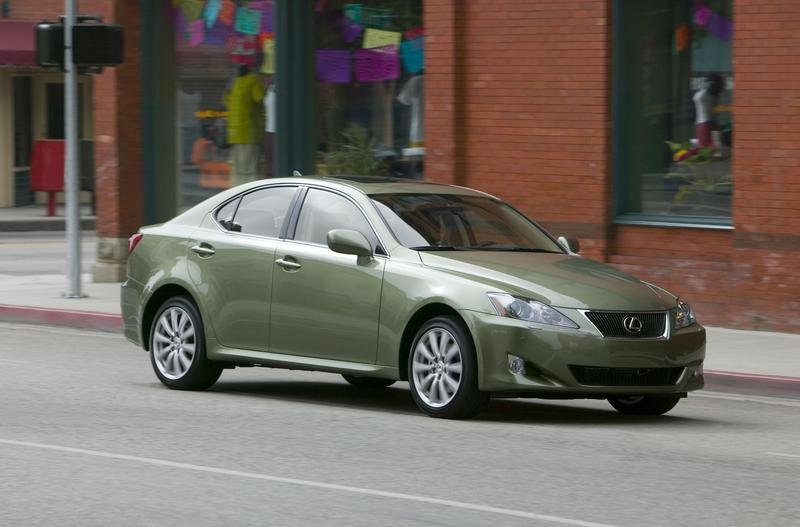https://pictures.topspeed.com/IMG/crop/200705/2007-lexus-is-250-1_800x0w.jpg