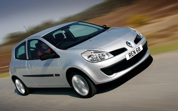 2007 renault clio tomtom car review top speed. Black Bedroom Furniture Sets. Home Design Ideas