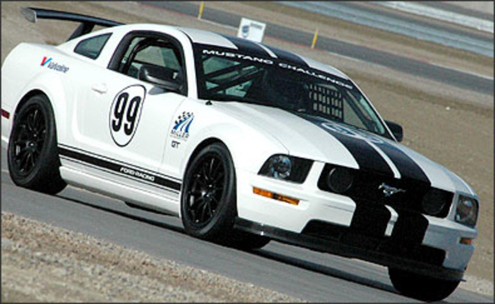 ford racing school of high performance driving news top speed. Black Bedroom Furniture Sets. Home Design Ideas