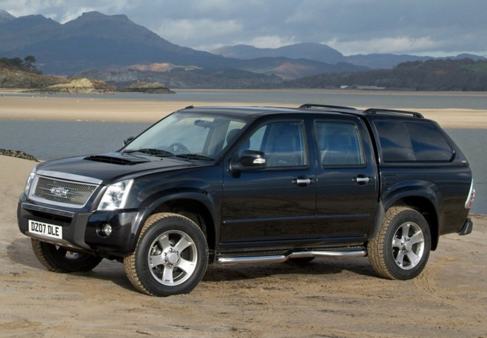 isuzu rodeo by prodrive review top speed. Black Bedroom Furniture Sets. Home Design Ideas