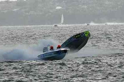 Offshore Powerboat Championship 2007 is over - Auckland Race
